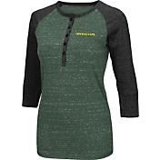Colosseum Women's Oregon Ducks Green Three-Quarter Sleeve Henley Shirt