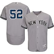 Majestic Men's Authentic New York Yankees CC Sabathia #52 Road Grey Flex Base On-Field Jersey